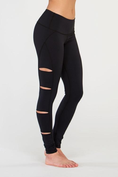 Легинсы для фитнеса peek cut-out черный